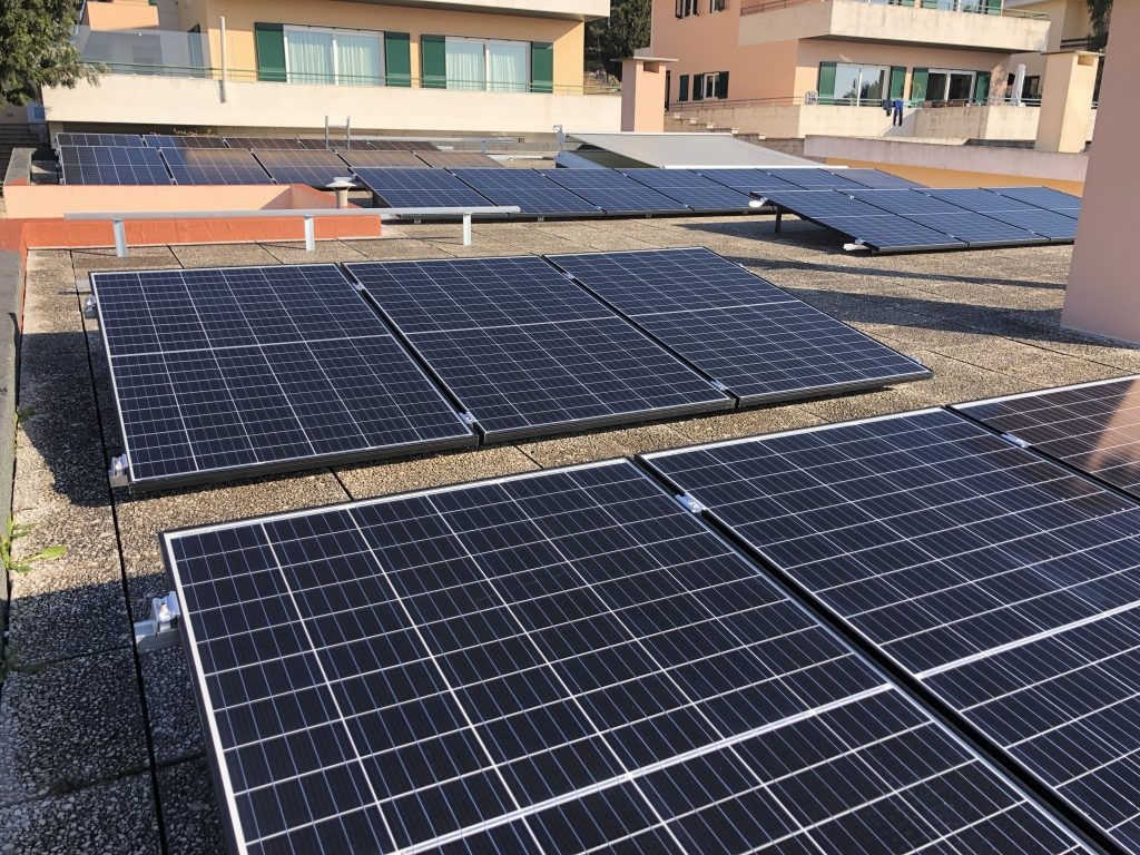 Energia Solar Solutions 32 modules in Cascais